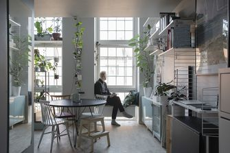 tiny house met planten