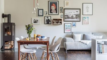 roomed-gallery-wall