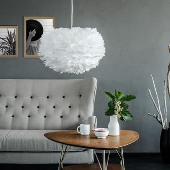 fluffy lamp met veren
