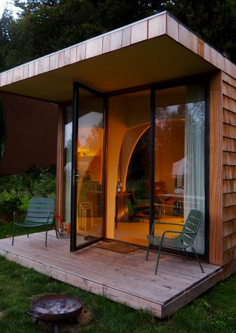 airbnb slootdorp tiny house